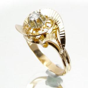 Bague tourbillon or et diamant