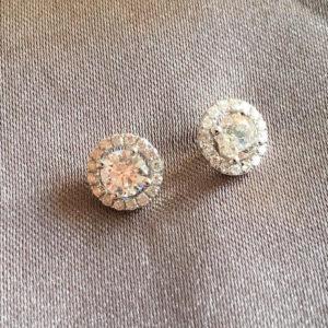 Boucles d'oreille en or et diamants 0,75 ct